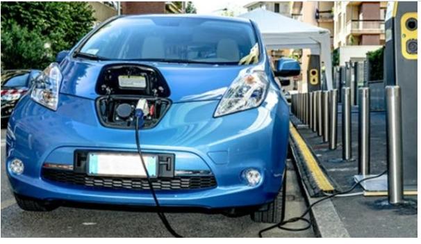 新能源汽车换电池费用曝光,有没有买亏,车主最清楚
