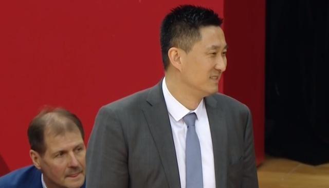 杜峰没禁赛,广东三大中锋34分25篮板,赵睿20分,广东大胜