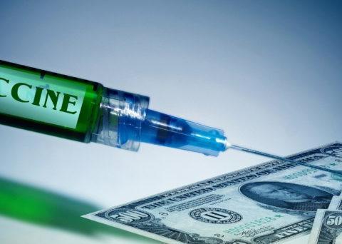 金价陷1,800 美元保卫战!高盛:疫苗若不如预期,美元恐升