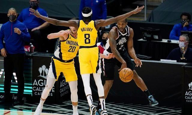 NBA比分:快船伦纳德连续强杀禁区送劈扣掀高潮 三节打卡砍17+7