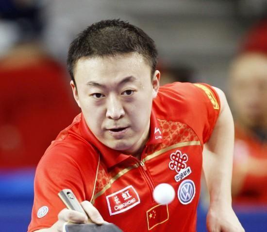 他进国家队后父母却下岗,职业生涯三夺奥运金牌,退役成国乒名帅