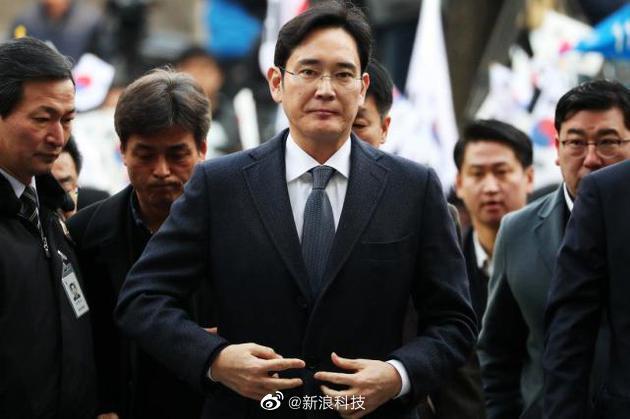 据悉,韩国法院判处三星电子副会长李在镕2年6个月有期徒刑