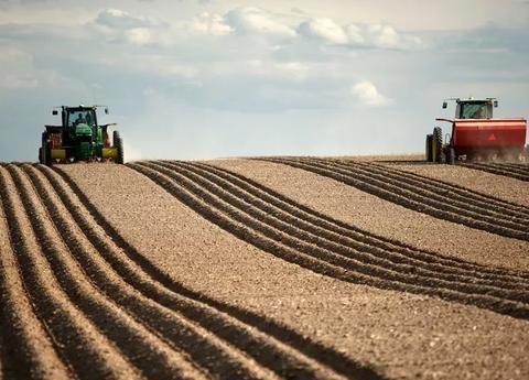 为了防止农村土地抛荒,如果大幅提高农产品价格能不能行得通?