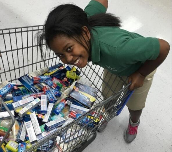 九岁女孩用所有零用钱买牙膏,妈妈一直很疑惑,原因却让人泪奔