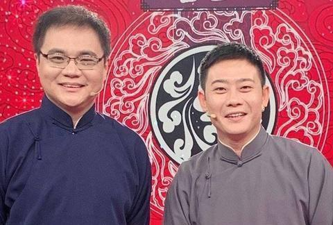 高峰演出结束回到天津,首先探望自己的快板开蒙老师何德利老先生