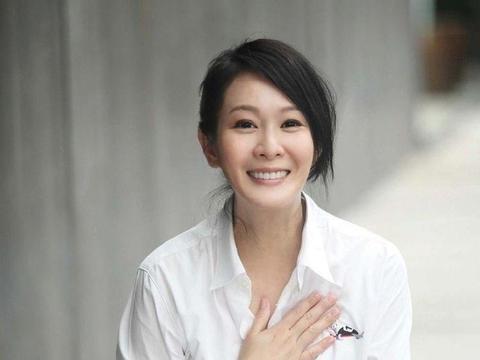 奶茶妹妹刘若英,嫁小10岁富商,前半生为爱痴狂,后半事事有回响