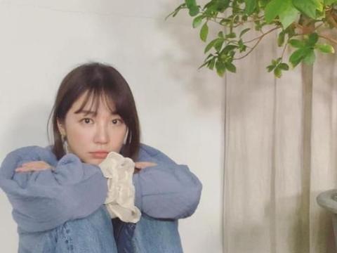 昔日韩剧女王尹恩惠近照公开,脸上胶原蛋白消失,网友:认不出了