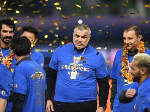 东体:奥拉罗尤曾进入足协视线,一度成国足主帅候选