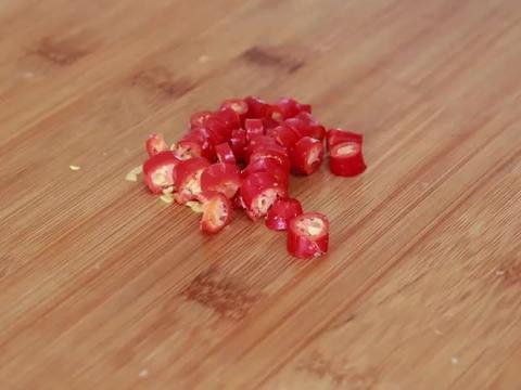 """莲藕做的""""肉丸子"""",不用油炸,鲜香肉嫩,过年又学会一道大菜"""
