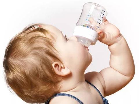 宝宝冬季容易出现湿疹   杏璞育婴师:做好这6件事!妈妈不用愁