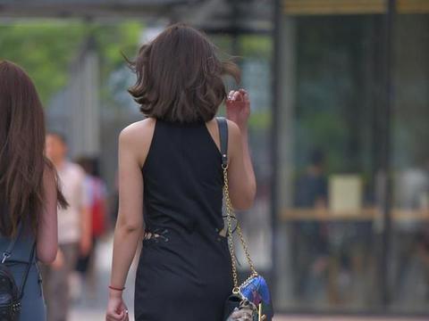 用心穿搭连衣裙,都市丽人新选择,效果满满