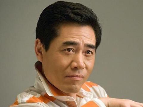 因拍戏致残演员:陈宝国左眼几近失明,俞灏明留下疤痕