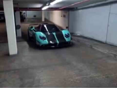 """限量1台的帕加尼Uno,整车""""绿松石""""漆,专为卡塔尔王室打造"""