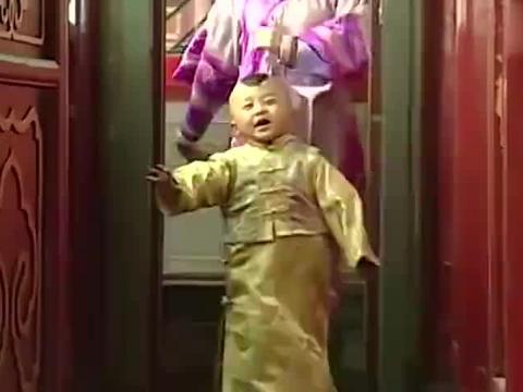 被当成摇钱树的童星,邓鸣贺去世时仅9岁,最后一位被家人囚禁