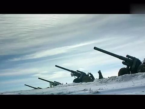 这才叫绝对的火力覆盖,万炮齐发弹如雨下,宏大震撼的战争片