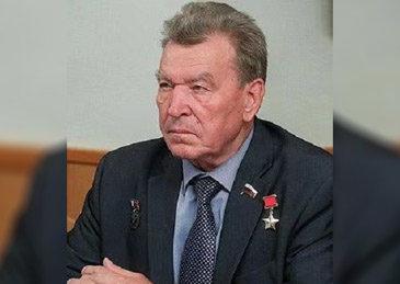 俄苏联英雄议员因新冠去世:曾驾直升机穿越切尔诺贝利反应堆上空