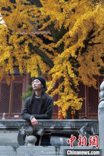 武汉男生蓄发三年捐给白血病患儿做假发