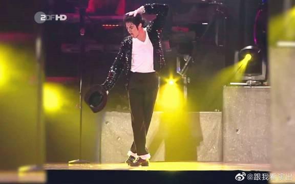 全程核能!迈克尔杰克逊神级表演现场!!!他不是人,他是神!!