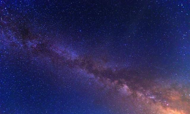 数以亿计的星系天体在大爆炸中以超光速四散远离了?