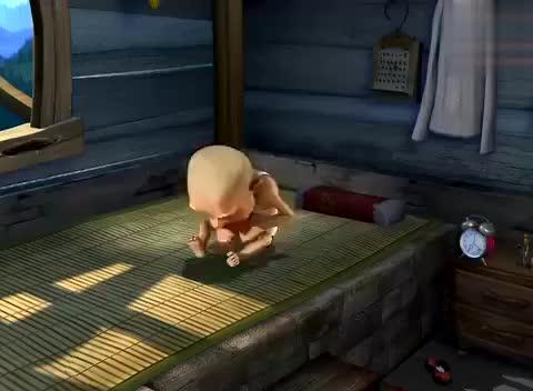 熊出没:光头强的家变成危房,他无奈搬家,两熊可高兴了
