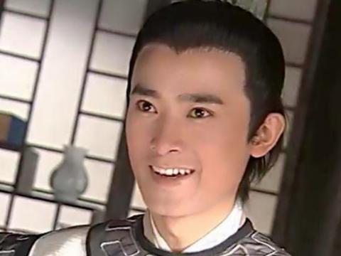 """退出娱乐圈却永不过气,王思聪都称他一声""""哥"""",任泉到底有多壕"""