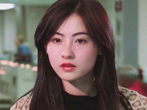 张柏芝晒近况,录《浪姐》白到发光,说是内娱颜值天花板不为过