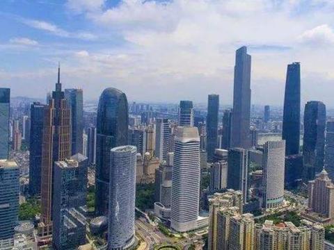 广州高大上的珠江新城,是一座体育馆让它崛起,你知道它的故事吗