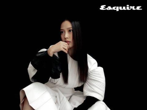 韩国女艺人高敏诗最新杂志写真曝光