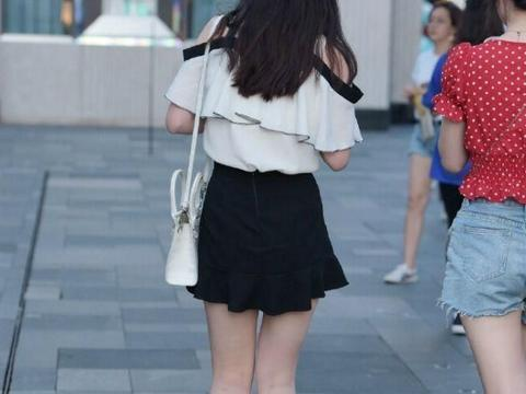 连衣裙遮盖身体缺陷,彰显个性气质造型,显白又洋气