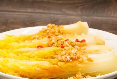 小白必学的一道家常菜,口感清爽开胃,蒜香浓郁,零基础也能学会