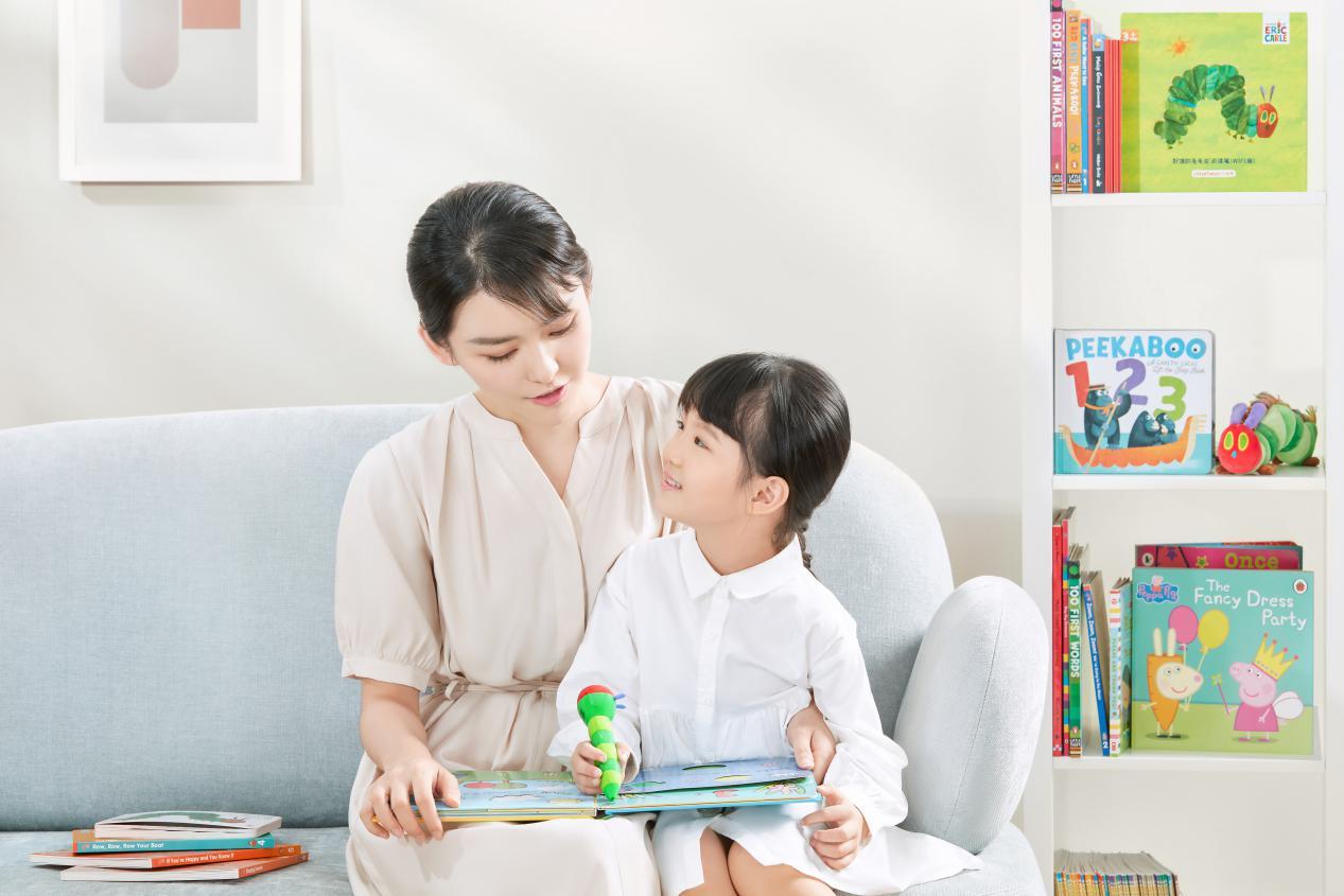 小彼恩荣获樱桃大赏年度早教益智玩具品牌最佳表现力大奖