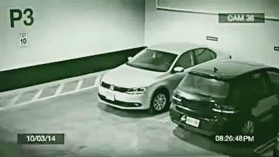 奥迪停车新技能