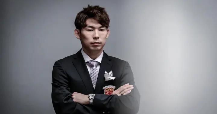 专访上港后腰杨世元:失去亚冠很遗憾,新赛季争取国内双冠王