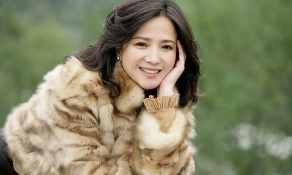 她曾是中国内地古典第一美人,演遍四大名著,因病缠身淡出娱乐圈