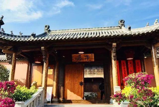海沧石峰岩寺,厦门蔡尖尾山岩石之上的园林式寺院