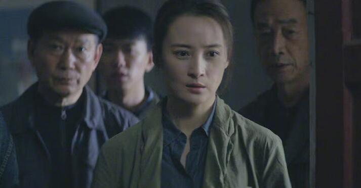 陈建斌曝看蒋勤勤的《迷雾追踪》,他也充会员了,原因让大家笑