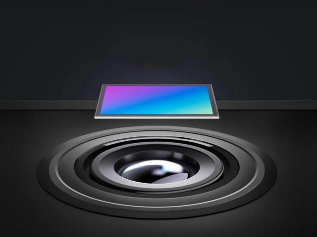小米11 Pro相机参数曝光:超大底三摄+120倍变焦