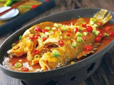 黄山臭鳜鱼,肉质细腻,口感滑嫩,你吃过吗?
