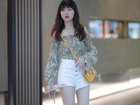 时髦减龄的短裤穿搭模板,耐看还显身材,出游逛街就这样穿