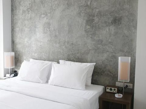 别让床头背景墙空着,这三点照着做,卧室气质瞬间翻倍