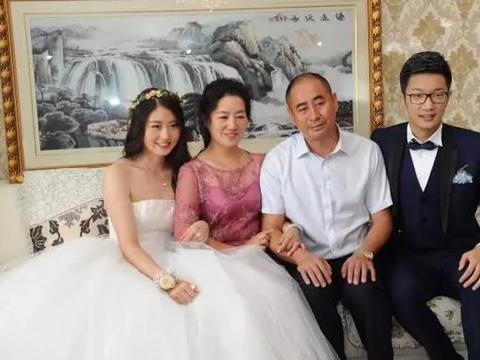 奥运冠军焦刘洋嫁老外拼下一儿一女,自己当老板年入千万幸福霸气