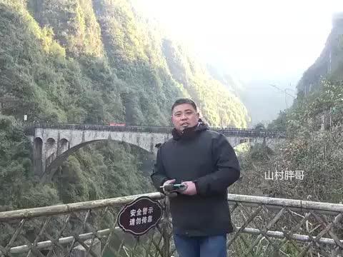 农村大叔航拍常德黄虎港大桥,太壮观了,不愧为中国第一石拱桥