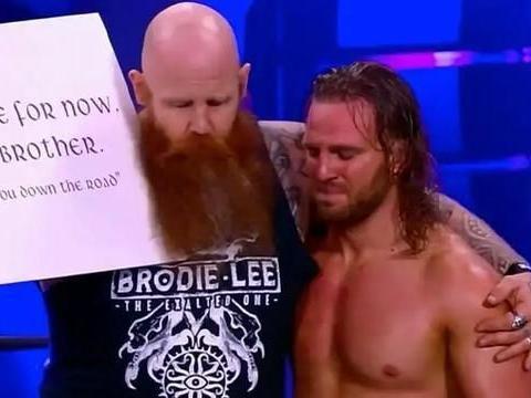 乔恩·默克斯利准备出书,WWE皇家大赛对阵
