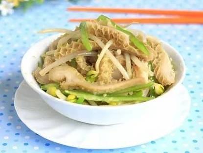 精选:葱烧羊血、青椒炒火腿、剁辣椒炒鸡胗、牛肚炒豆芽的做法