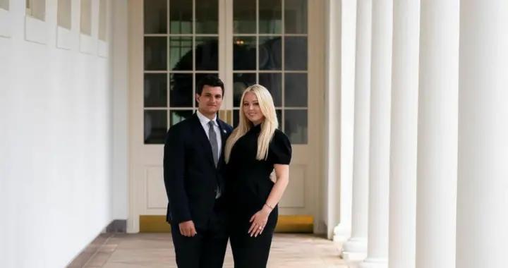 特总小女儿传喜讯!蒂凡尼和亿万富翁男友订婚,鸽子蛋钻戒太瞩目
