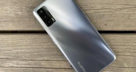 realme V15评测:1299元的手机,究竟是啥体验?