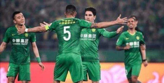 中超新赛季:上港行动迅速、北京国安果断、广州恒大举棋不定