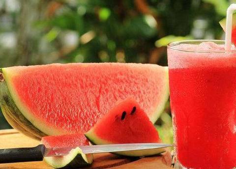 身体好的人都会吃,推荐吃几种食物,补血补钙,防治贫血,气色好