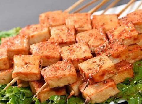 """「原创」小小鱼豆腐竟含有这么多""""料""""?爱吃鱼豆腐的你可要注意"""