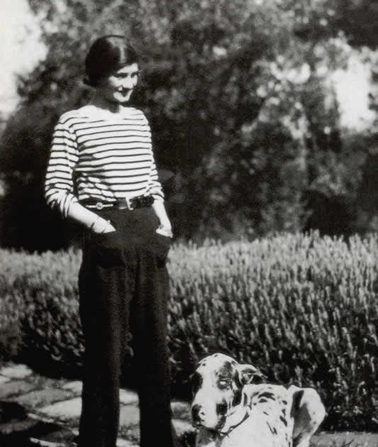 战后流亡瑞士10年,香奈儿鲜为人知一面,时尚教母为何葬在瑞士